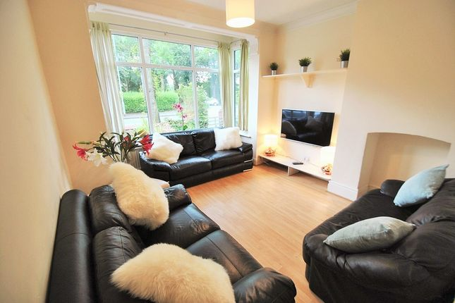 Thumbnail Semi-detached house to rent in Birchfields Road, 14 Bed, Fallowfield, Manchester