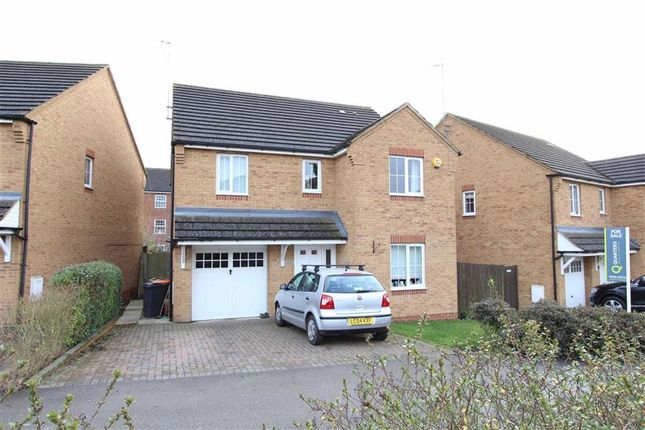 Thumbnail Detached house for sale in Sandpiper Way, Leighton Buzzard