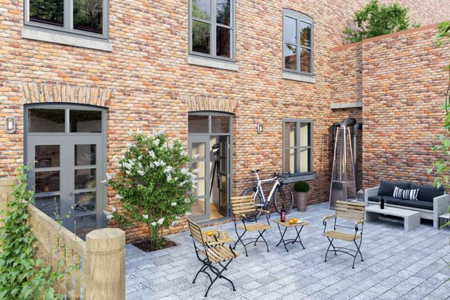 3 bed flat for sale in Cambridge Street, Manchester M1