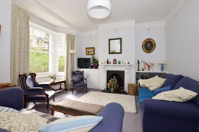 Sitting Room/ Bedroom