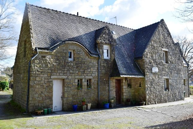 Thumbnail Detached house for sale in 56650 Inzinzac-Lochrist, Morbihan, Brittany, France
