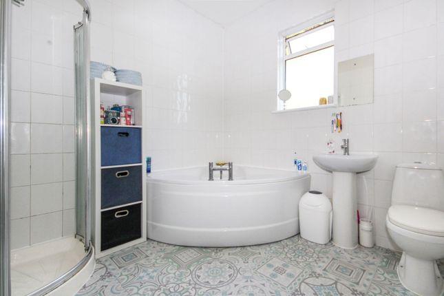 Bathroom of Woodgrange Drive, Southend-On-Sea SS1