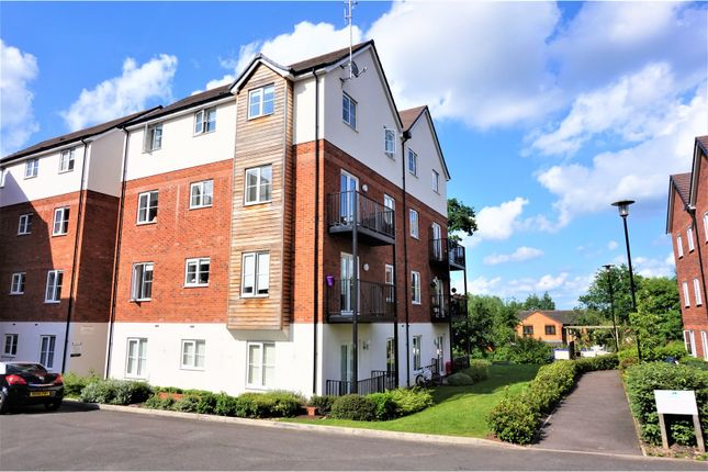 Thumbnail Flat for sale in The Laurels, Tamworth