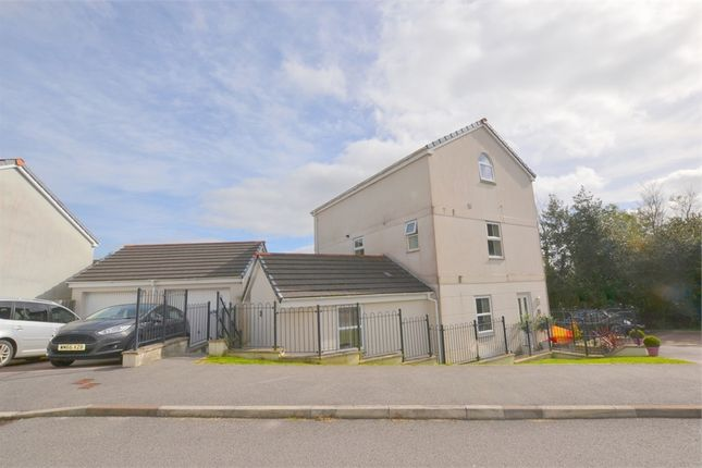 Thumbnail Maisonette for sale in Newbridge View, Truro