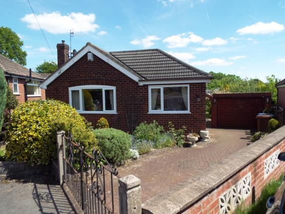 3 bed bungalow for sale in High Meadows, Romiley, Stockport, Greater Manchester