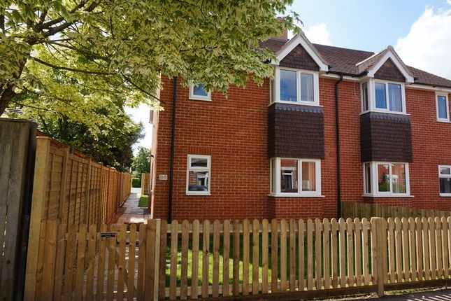Thumbnail Semi-detached house for sale in Jubilee Road, Newbury