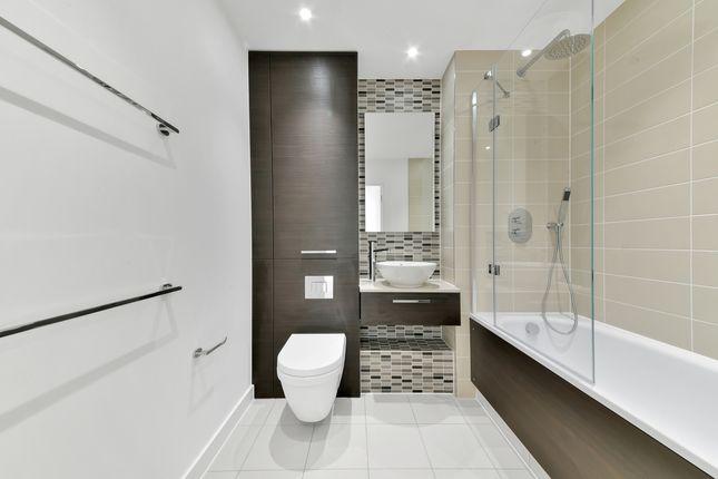 Bathroom of Stratosphere Tower, Stratford, London E15