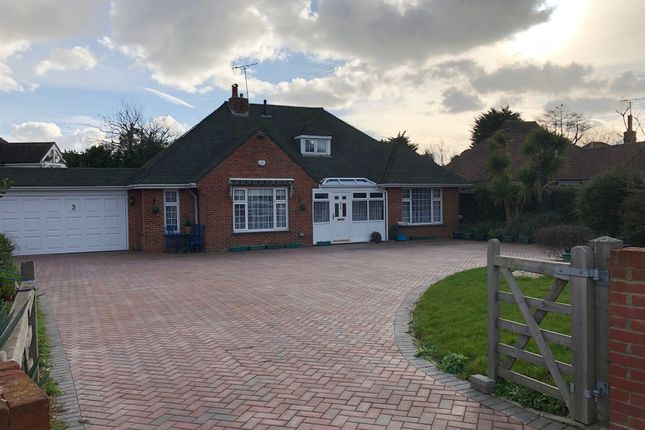 Thumbnail Bungalow for sale in Goodwood Road, Findon Valley, Worthing