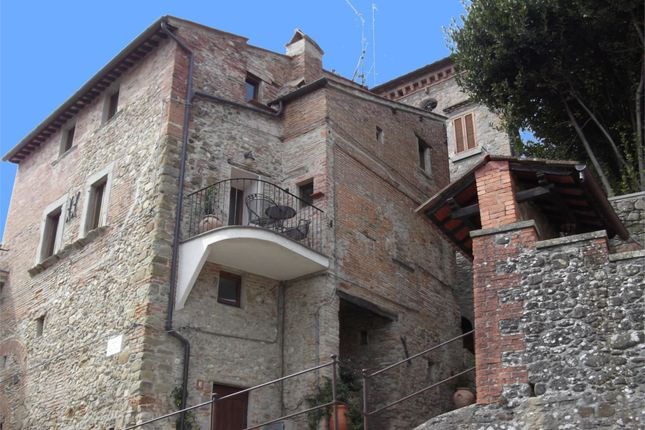 3 bed town house for sale in Monteloro, Anghiari, Arezzo, Tuscany, Italy