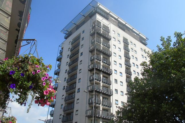 Thumbnail Flat to rent in The Aspect, Queen Street, Cardiff