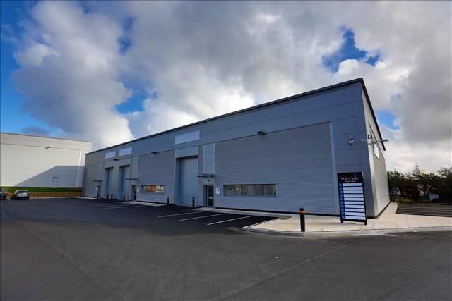Thumbnail Retail premises to let in Unit 7 Portobello Trade Park, Portobello Road, Portobello Trading Estate, Birtley, Chester Le Street