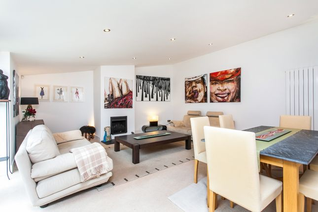 Thumbnail Semi-detached house to rent in Dean Lane, Winchester
