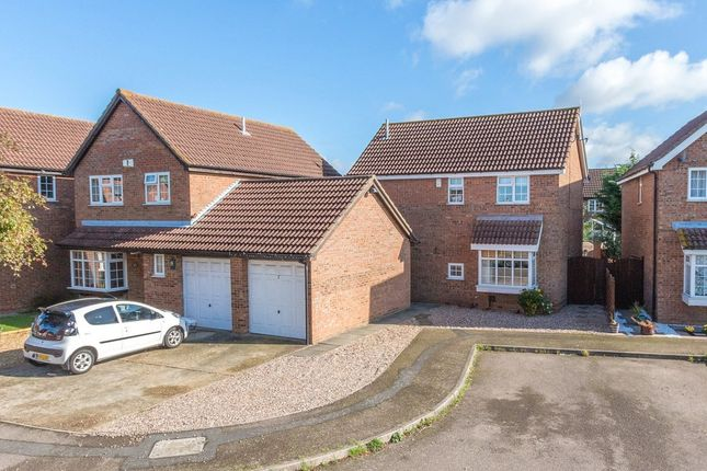 Thumbnail Detached house for sale in Deacon Close, Rushden