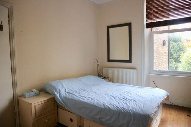 Bedroom of Bravington Road, London W9
