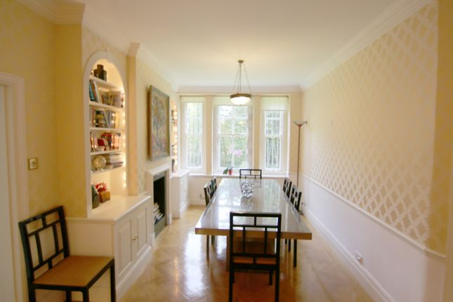 Thumbnail Flat for sale in The Pryors, East Heath Road, London NW31Bp Nw3, Hampstead,