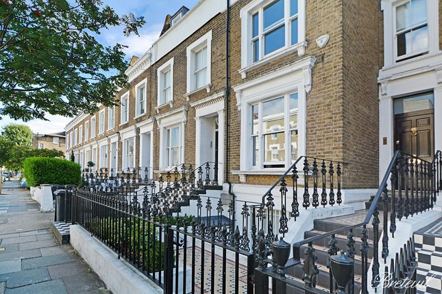 Thumbnail Terraced house to rent in Britannia Road, London