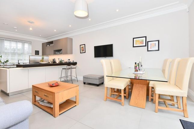 Thumbnail Detached house to rent in Grange Walk, Littlewick Green