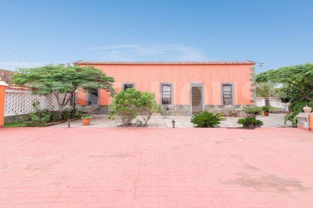 Thumbnail Chalet for sale in Municipality Of Las Palmas, Las Palmas, Spain