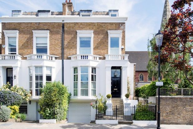 Thumbnail Property to rent in Elm Park Road, Chelsea
