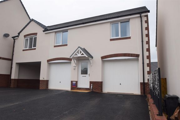Thumbnail Property to rent in Loom End, Tiverton