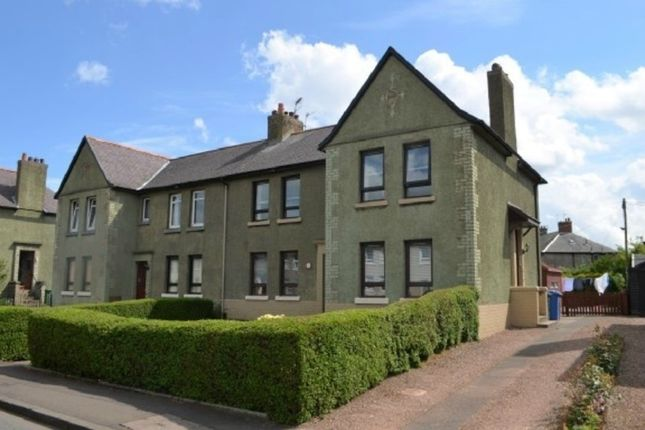 Thumbnail Flat to rent in South Marshall Street, Grangemouth