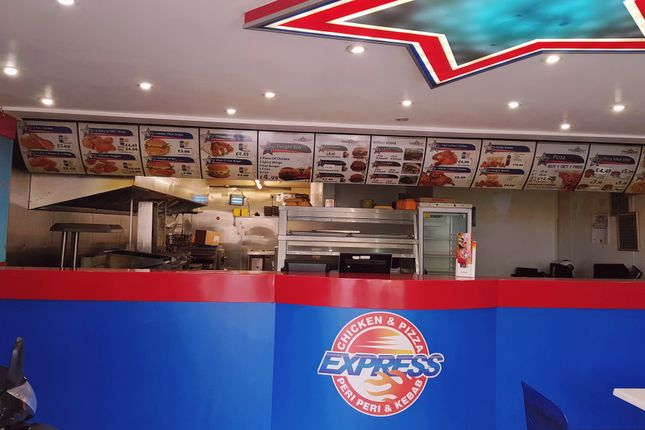 Thumbnail Restaurant/cafe for sale in Lille Road, Fulham