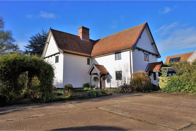 Thumbnail Detached house for sale in Tanns Lane, Diss