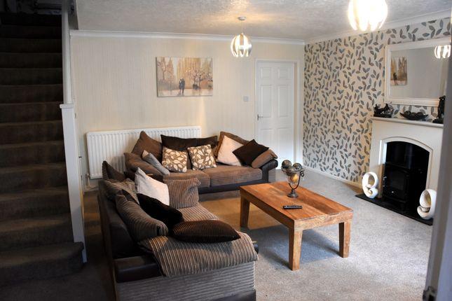 Picture 3 of Hilton Close, Telford, Shropshire TF3