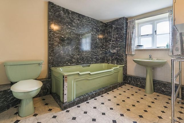 Bathroom of Hatham Green Lane, Stansted, Kent TN15