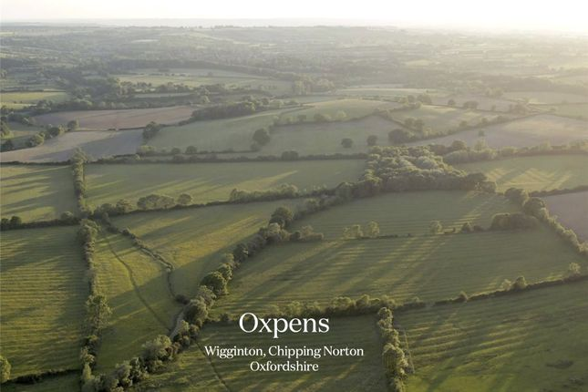 Thumbnail Land for sale in Wigginton, Oxfordshire