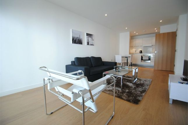Thumbnail Flat to rent in Saffron Central Square, Croydon, Surrey
