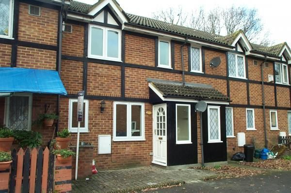 Thumbnail Terraced house to rent in Hawthorn Close, Hounslow