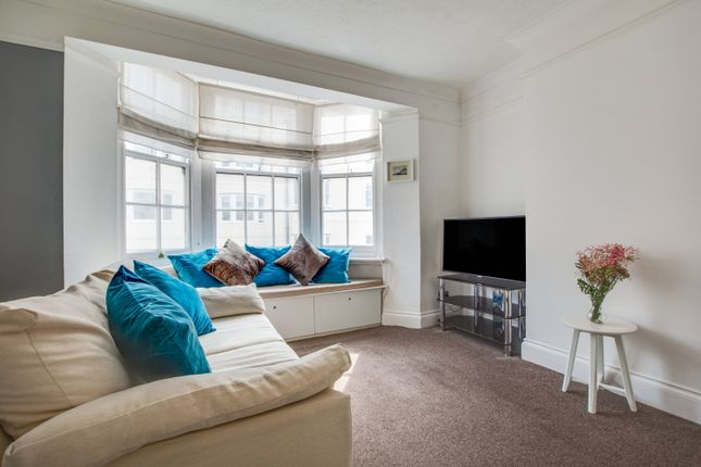 Thumbnail Flat to rent in Madeira Place, Brighton