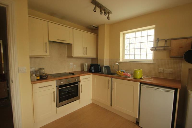 2 bed flat to rent in Metchley Rise, Harborne, Birmingham