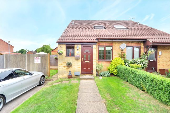 Thumbnail Property for sale in Lancaster Way, Abbots Langley