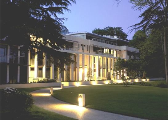 Thumbnail Flat for sale in Charters Garden House, Ascot, Berkshire