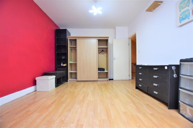 Thumbnail Property to rent in Merten Road, Chadwell Heath