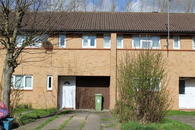 Thumbnail Property to rent in Hutton Avenue, Oldbrook, Milton Keynes