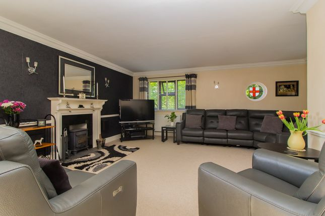 Thumbnail Detached house for sale in St Georges Walk, Benfleet