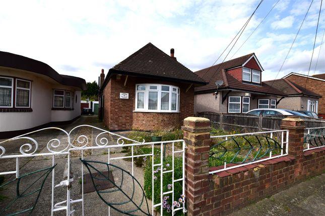 Thumbnail Detached bungalow for sale in Stanley Road North, Rainham