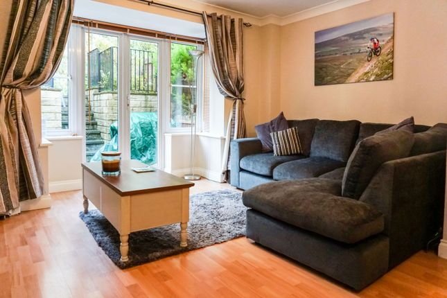 Lounge of Middlefield Court, East Morton, Keighley BD20