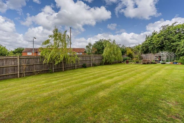 Photo 2 of Meadow Court, Whiteparish, Salisbury SP5