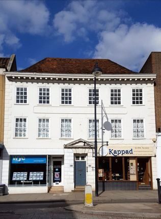 Thumbnail Flat to rent in High Street, High Wycombe