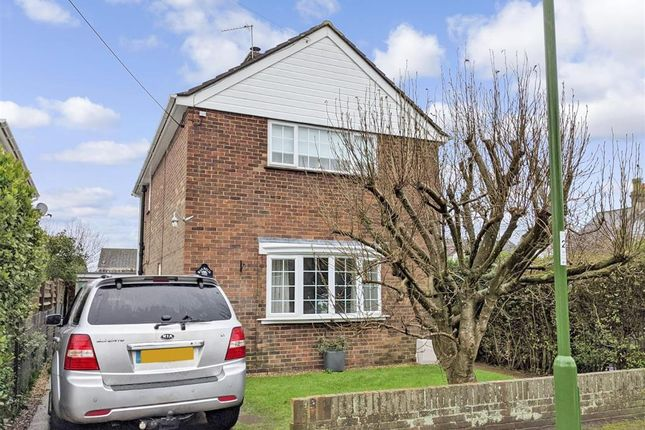 Thumbnail Detached house for sale in Brainsmead, Cuckfield, Haywards Heath, West Sussex