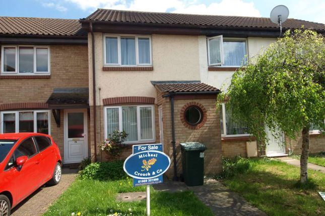 2 bed terraced house for sale in Roman Way, Bicester