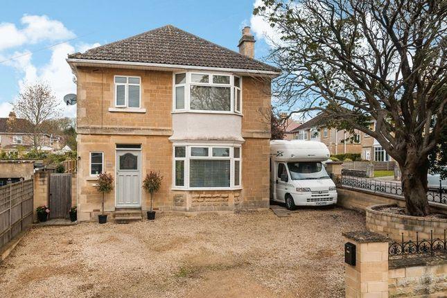 Thumbnail Detached house for sale in Penn Lea Road, Weston, Bath