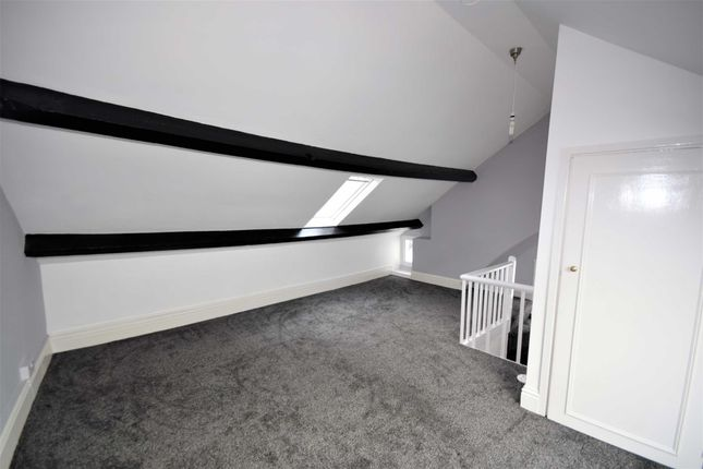 Bedroom 1 of Fronheulog, Cemmaes, Machynlleth, Powys SY20