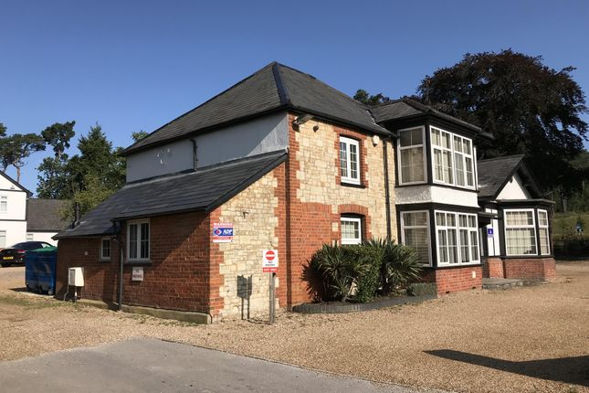 Thumbnail Office to let in Farnham Road, Bordon