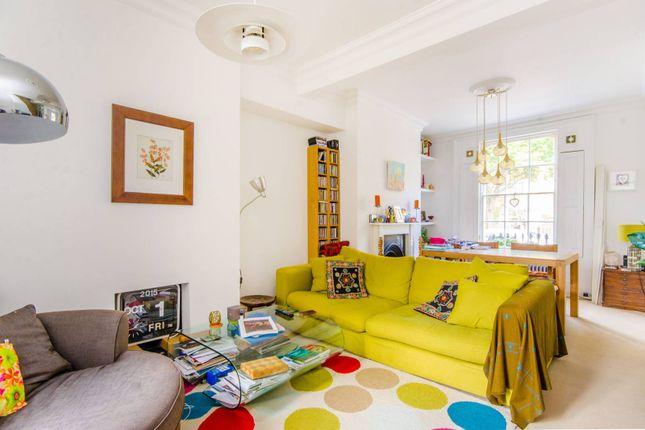 Thumbnail Flat for sale in Cropley Street, Islington