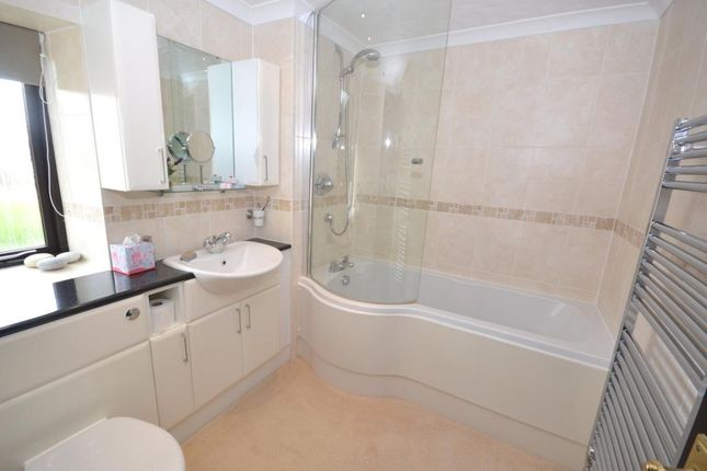 Bathroom of Hardys Court, Hawkerland Road, Colaton Raleigh, Sidmouth EX10